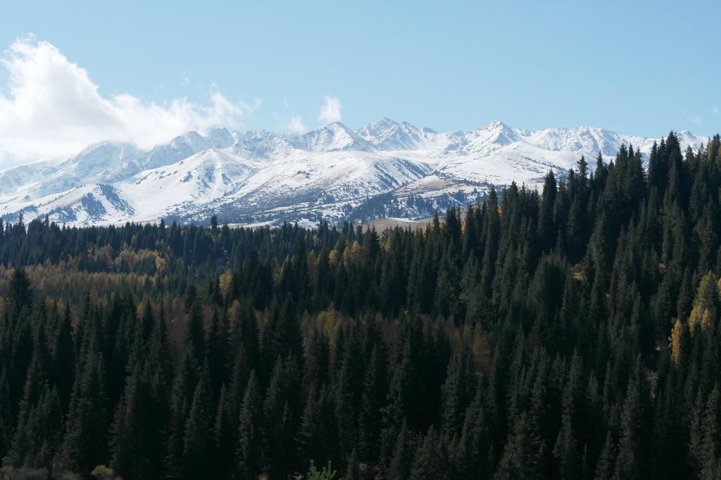 Way to Jyrgalan valley Kyrgyzstan white mountains